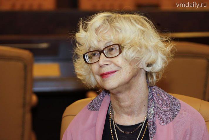 Светлана Немоляева.