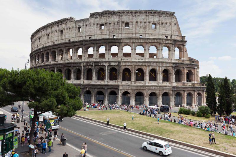 Москва и Рим впервые установили партнерские связи в 1996 году, когда мэрами двух столиц был подписан договор о дружбе и сотрудничестве
