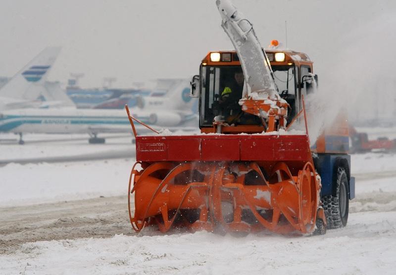Аэропорты Москвы работают в штатном режиме не смотря на снегопады