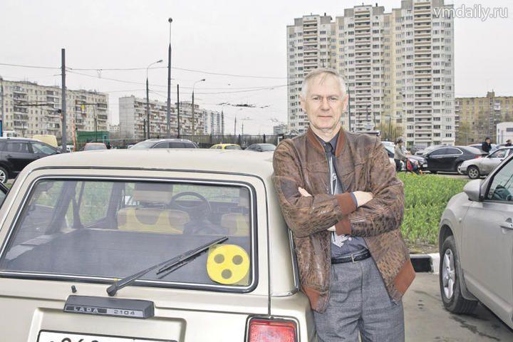 Сергей Никитинский — один из первых слабослышащих людей, кто получил водительское удостоверение.