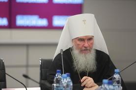 Митрополит Калужский и Боровский Климент считает, что интеллигенция должна активнее участвовать в деле просвещения людей.