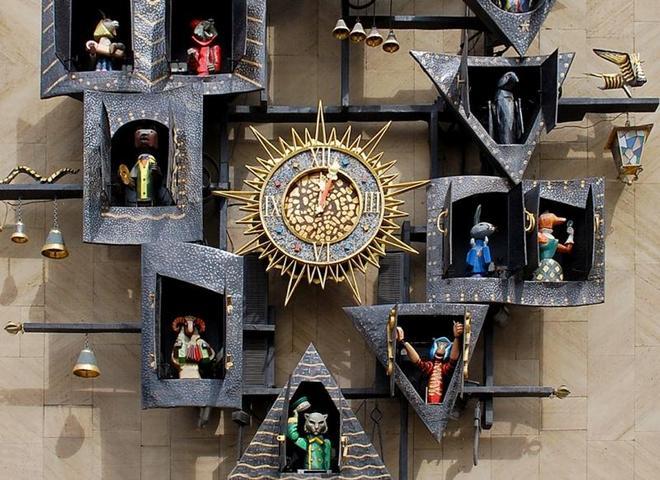 Часы на театре кукол имени образцова - 4