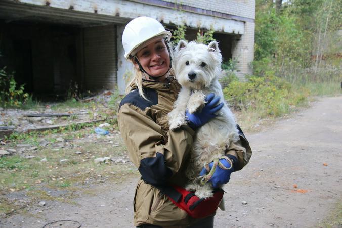 На фото: Валерия Костюкова и пес Умка / Дарья Пиотровская, «Вечерняя Москва»