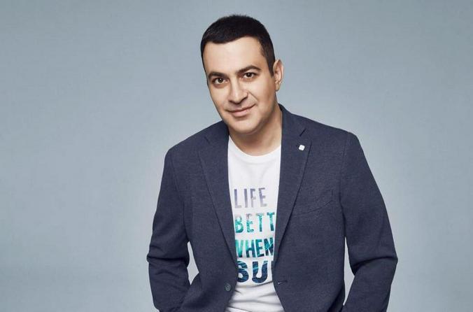 Гарик Мартиросян стал ведущим нового вокального шоу «Щас спою»