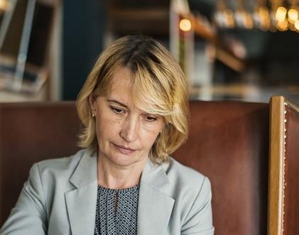 Дефицит женских гормонов становится причиной остеопороза и остеоартроза / pixabay.com