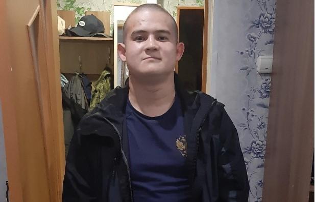 25 октября Рамиль Шамсутдинов открыл огонь по сослуживцам при смене караула / Free / Аккаунт отца Рамиля Шамсутдинова в соцсети «Одноклассники»