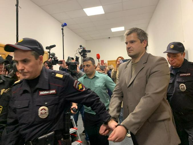 Сергей Григорьев после оглашения приговора в зале суда / Наталия Белова, «Вечерняя Москва»