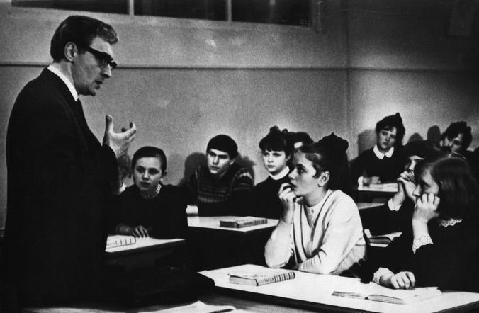 Говорить с детьми нужно на своем собственном языке / Free / Кадр из фильма «Доживем до понедельника» (1968)