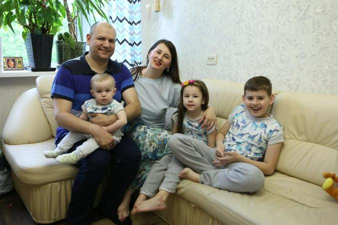 71 процент россиян считает, что главное предназначение женщины — быть матерью и хозяйкой / Алексей Орлов, «Вечерняя Москва»
