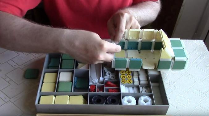 Советский конструктор «Полет» / Скриншот видео на youtube-канале «Гувернер»