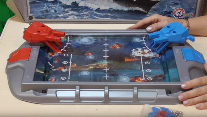 Механический морской бой / Скриншот видео на youtube-канале «Дом Игры. Интернет-магазин игрушек»
