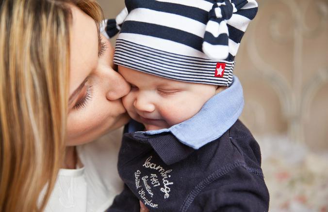 В России все более популярными становятся матронимы — когда женщина использует свое имя для отчества ребенка, а не имя отца / pixabay.com