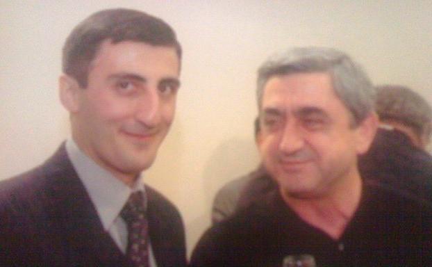 Ашот Болян (слева) и бывший президент Армении Серж Саргсян / Страница Ашота Боляна в ok.ru