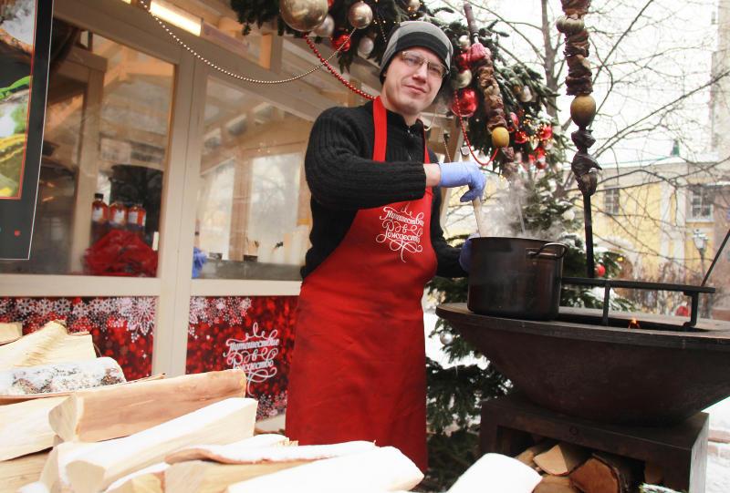 Средневековые блюда приготовят на столичном фестивале «Путешествие в Рождество»