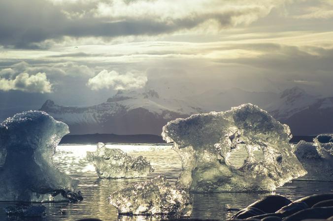 Арктика всегда была важна, и ее значение сейчас возрастает отчасти из-за таяния льдов и выявления новых месторождений полезных ископаемых / pixabay.com