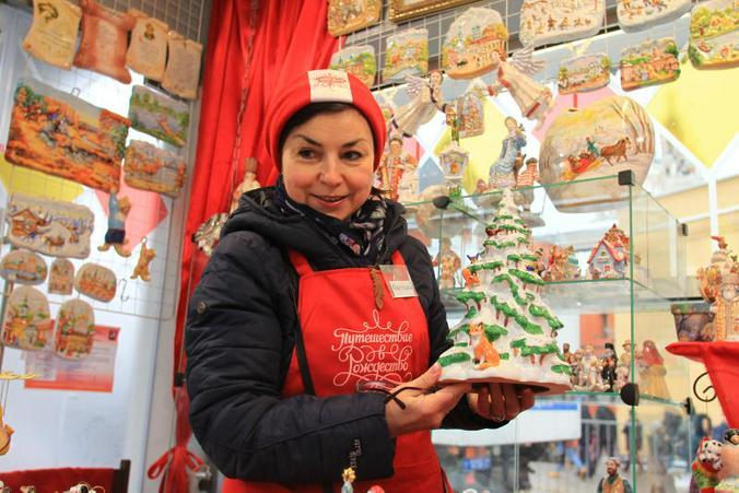 На фестивале «Путешествие в Рождество» можно выбрать подарки к зимним праздникам для друзей и родных / Наталия Нечаева, «Вечерняя Москва»