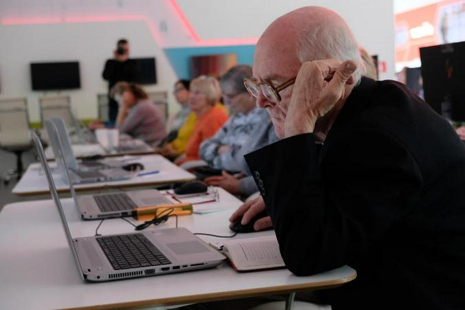 Мало кто задумывается, что инновации электронного голосования, внедряемые и обкатываемые в Москве, по сути, неизбежный шаг / Максим Аносов, «Вечерняя Москва»