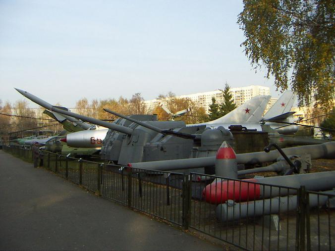 В постсоветские годы встал вопрос о расширении хронологических рамок, до этого мы были Музеем Вооруженных сил СССР / Wikipedia / Общественное достояние