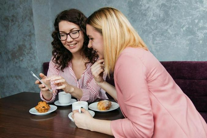 Владельцы кондитерских, кофеен и пекарен даром стали раздавать желающим выпечку, оставшуюся после закрытия. Позднее компанию им составили и продуктовые магазины / pixabay.com