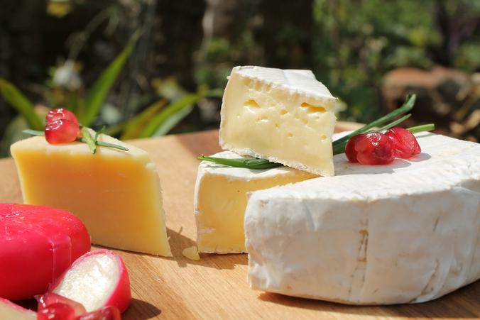 Даже такой полезный, казалось бы, продукт, как сыр, с жирностью 50 процентов уже скорее не полезен, а вреден / https://pixabay.com/ru