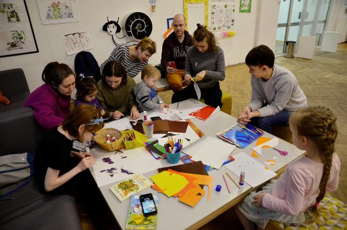 Мастер-класс по созданию пингвинов из бумаги состоится в детской библиотеке. Фото: Анна Быкова