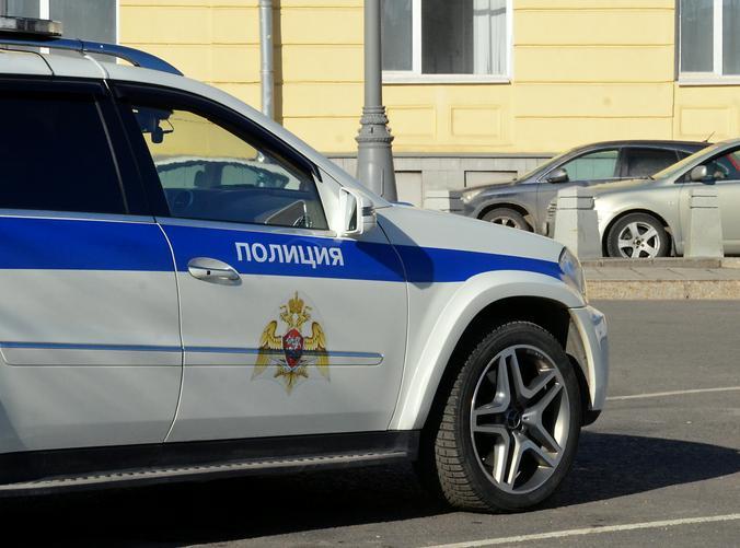 Сотрудники полиции ЦАО задержали подозреваемого в краже. Фото: Анна Быкова