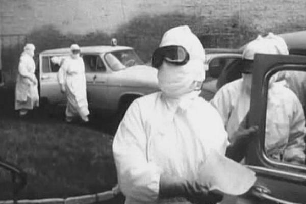 Кадр из фильма 1966 года « В город пришла беда»