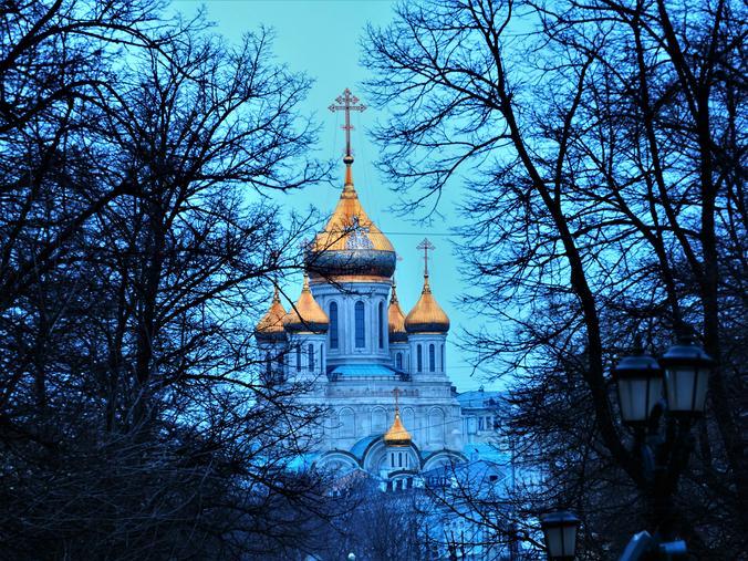 После пасхальной ночи мы должны продолжать идти спасительным путем, продолжать борьбу со злом в нашем сердце / Антон Гердо, «Вечерняя Москва»