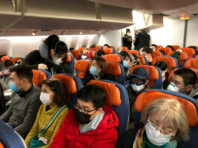 Китайцы очень дисциплинированны в плане ношения масок и перчаток / предоставлено Марией Чернецкой