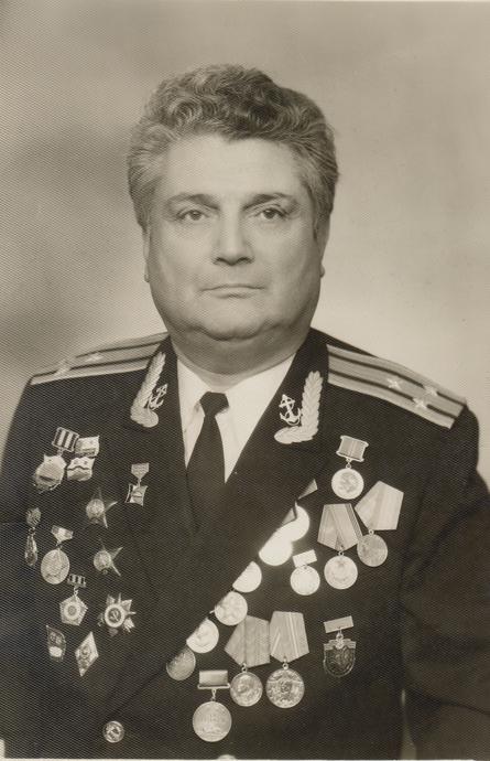 Виктор Корюк заслуженно награжден двумя орденами Красной Звезды, орденом Отечественной войны II степени и различными медалями, в том числе «За отвагу». / Из личного архива