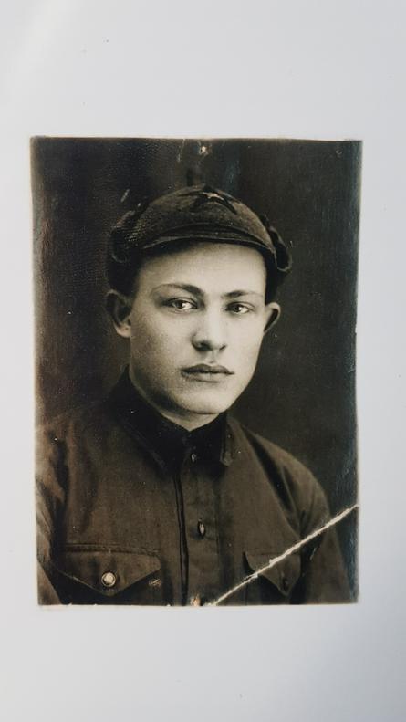 На фронте Петр Балашов находился с первых дней войны в Войсках противовоздушной обороны. / Из личного архива