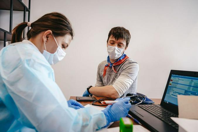 Создать вакцину несложно. Сложно создать вакцину, которая будет безопасной и эффективной / dszn.ru / Департамент труда и социальной защиты населения города Москвы