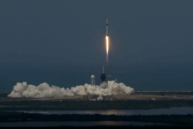Илон Маск запустил в космос очередную ракету / YouTube.com / Space Videos