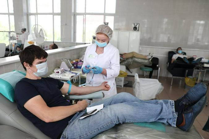 Москвичи, желающие стать донорами плазмы, могут пройти первичный онлайн-тест