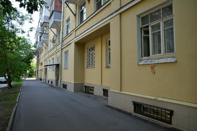 Чердаки и подвалы проверили в жилых домах Пресненского района. Фото: Анна Быкова