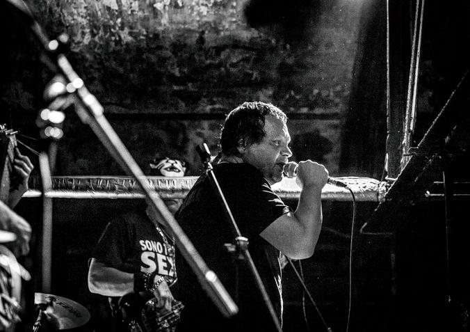 Вадим Степанцов во время концерта группы «Бахыт-Компот» / stepantsov.ru