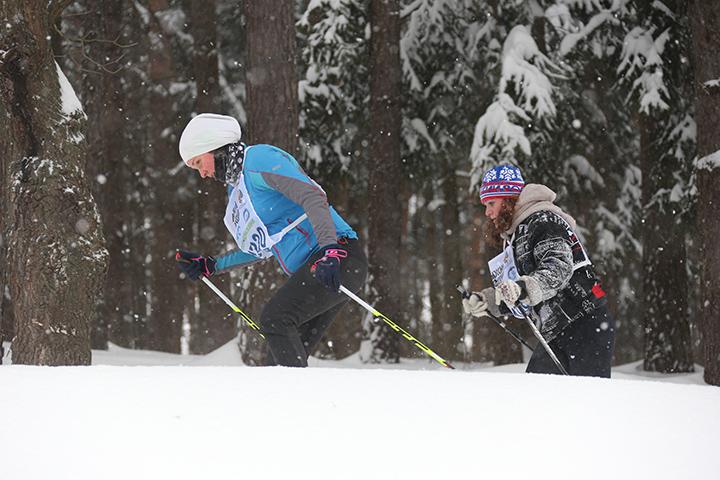 Команда лыжников педагогического университета прошла по историческим местам