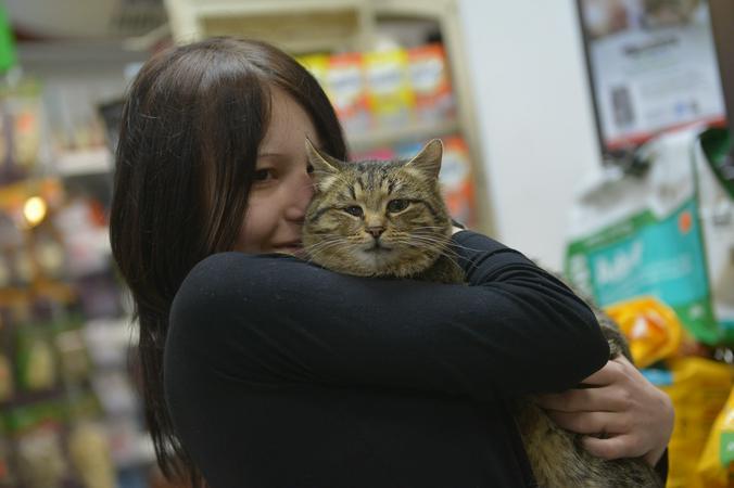 После кризиса 2008 года зоомагазин прогорел, женщина оказалась на улице / Александр Казаков