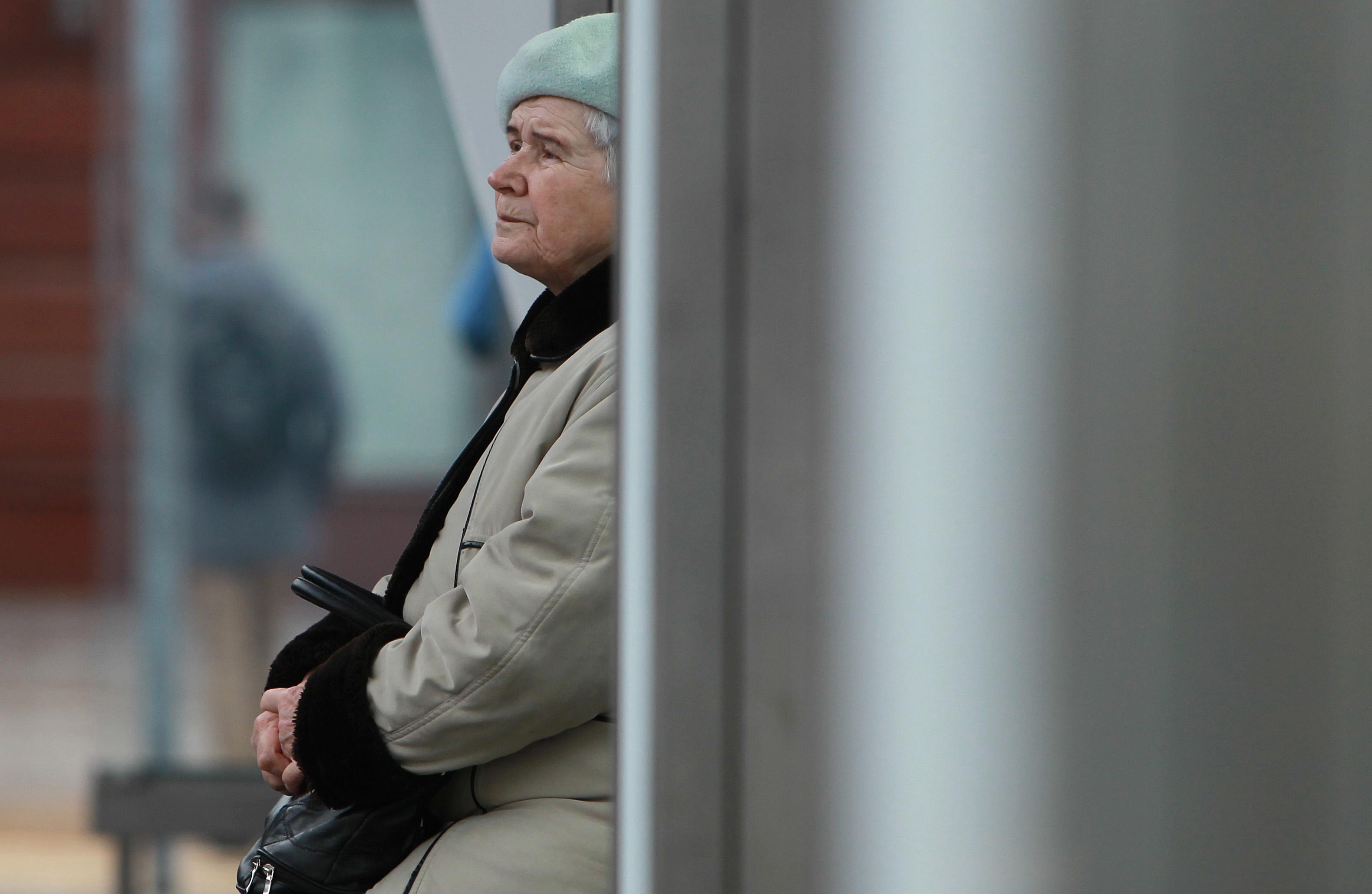 Врачи старше 65 лет смогут пользоваться льготными проездными в Москве