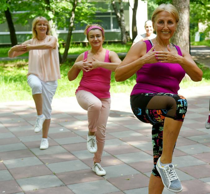 Бесплатные танцевальные занятия на ВДНХ могут посетить все, кто старше 18 лет / Александр Кожохин, «Вечерняя Москва»