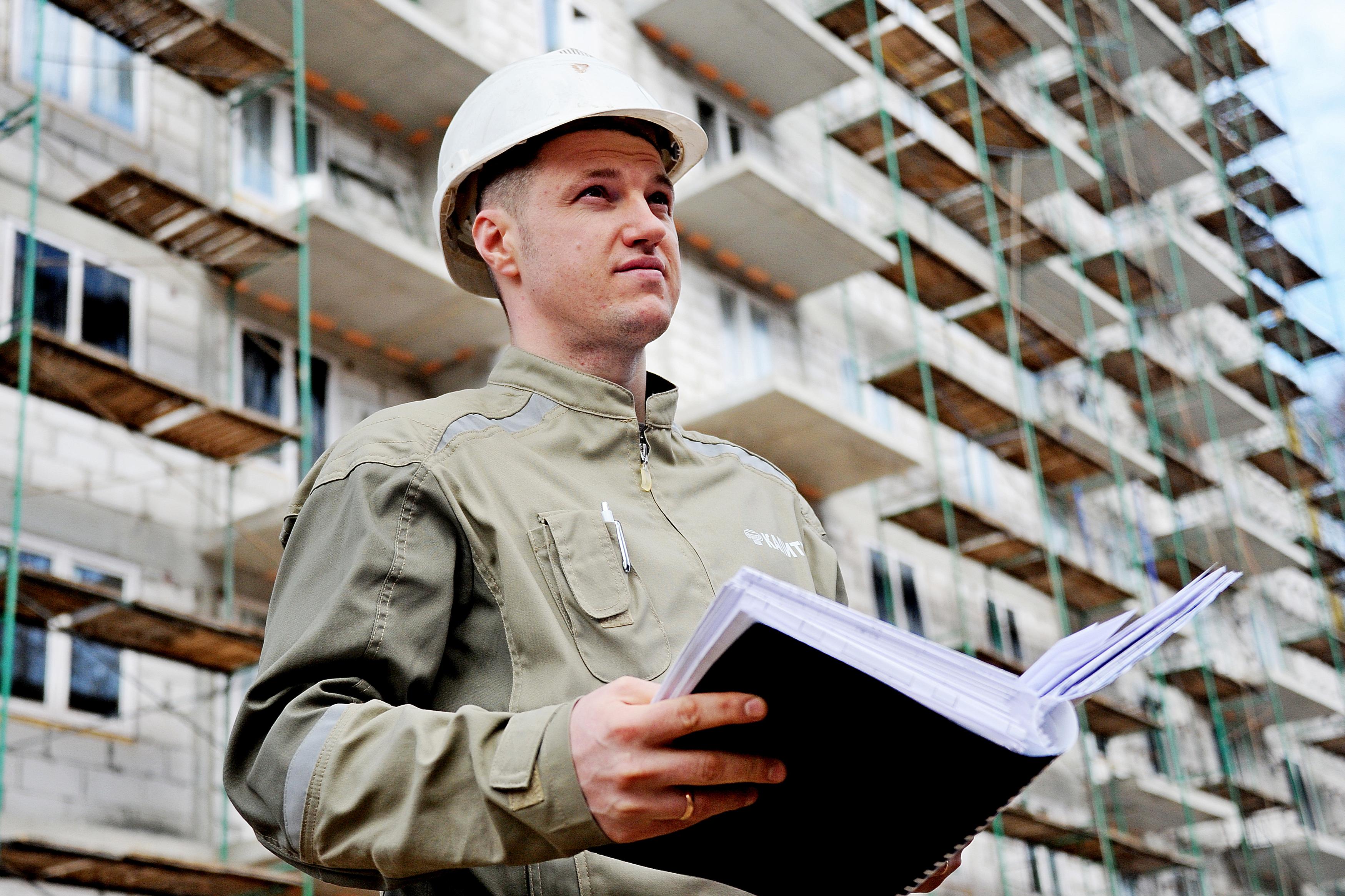 Строители возобновили работы на двух соцобъектах Новой Москвы