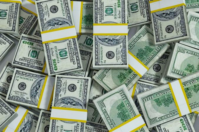 занять денег в долг срочно на карту сбербанка
