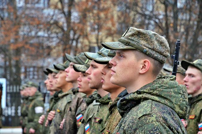 """Военный бюджет России составляет порядка 46 миллиардов долларов / Анна Быкова, """"Вечерняя Москва"""""""