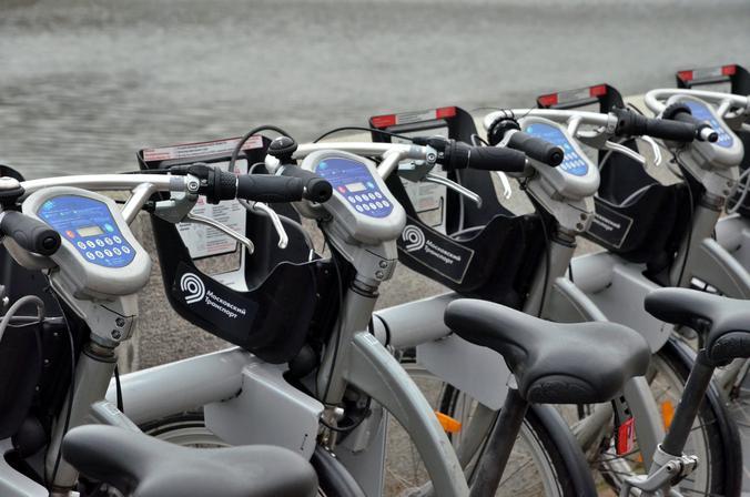 Почти три тысячи абонементов для велопроката приобрели москвичи. Фото: Анна Быкова