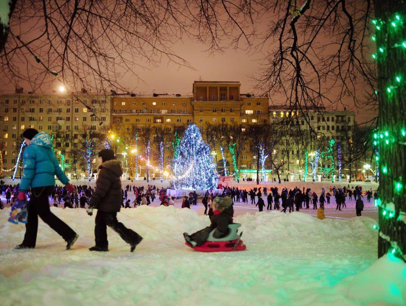 """Более 5 млн человек участвовали ночью в праздновании Нового года по всей России  / Агентство """"Фото ИТАР-ТАСС"""""""