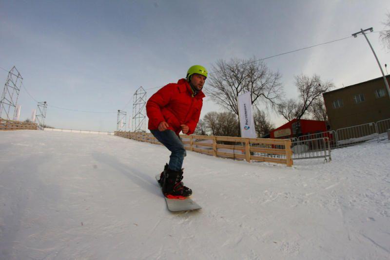 """Сноубординг как вид спорта относительно молодой, но он уже успел завоевать сердца москвичей / Антон Гердо, """"Вечерняя Москва"""""""