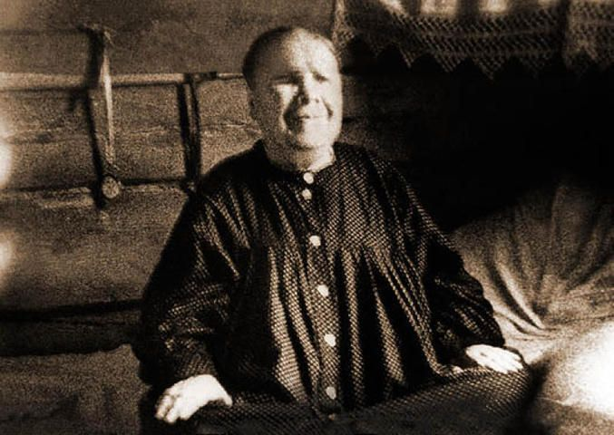 Фотография блаженной старицы Матроны. Матрона Дмитриевна Никонова. 1881г. - 2 мая 1952 г. / pokrov-monastir.ru