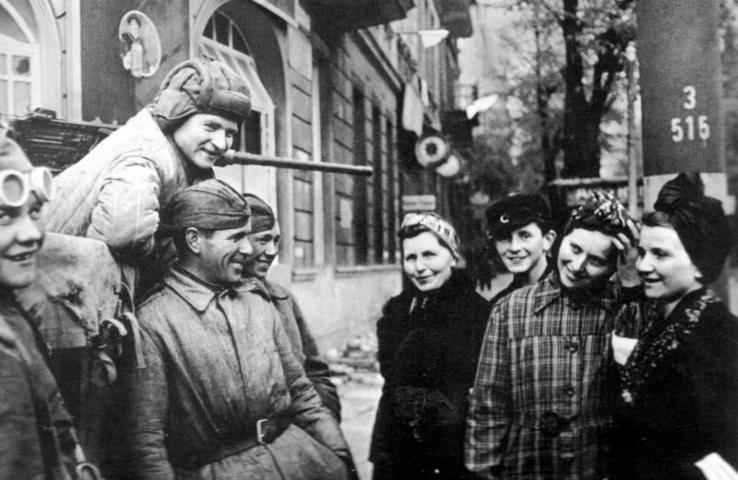Воин-интернационалист рассказал школьникам, как советские солдаты совершали подвиги