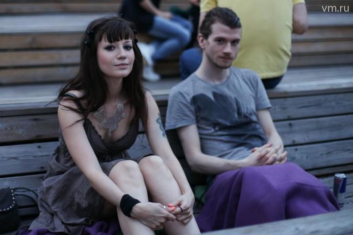 """Приятное знакомство может состояться где угодно – к примеру, на кинопоказе / Никита Смирнов, """"Вечерняя Москва"""""""