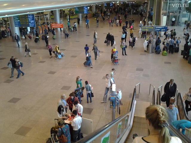 """В аэропорту«Домодедово» открылся новый пассажирский терминал«Е» / Валерий Бузовкин, """"Вечерняя Москва"""""""